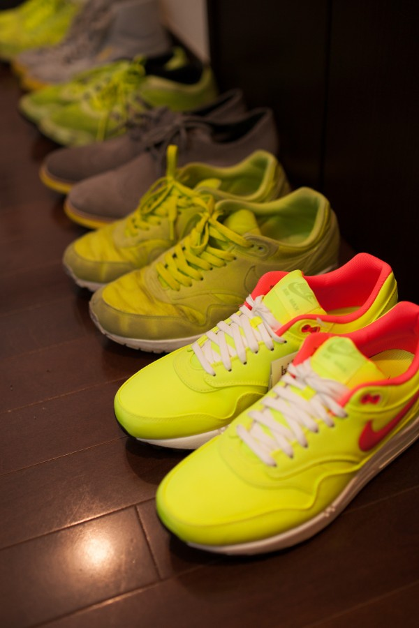 nike yellow-2